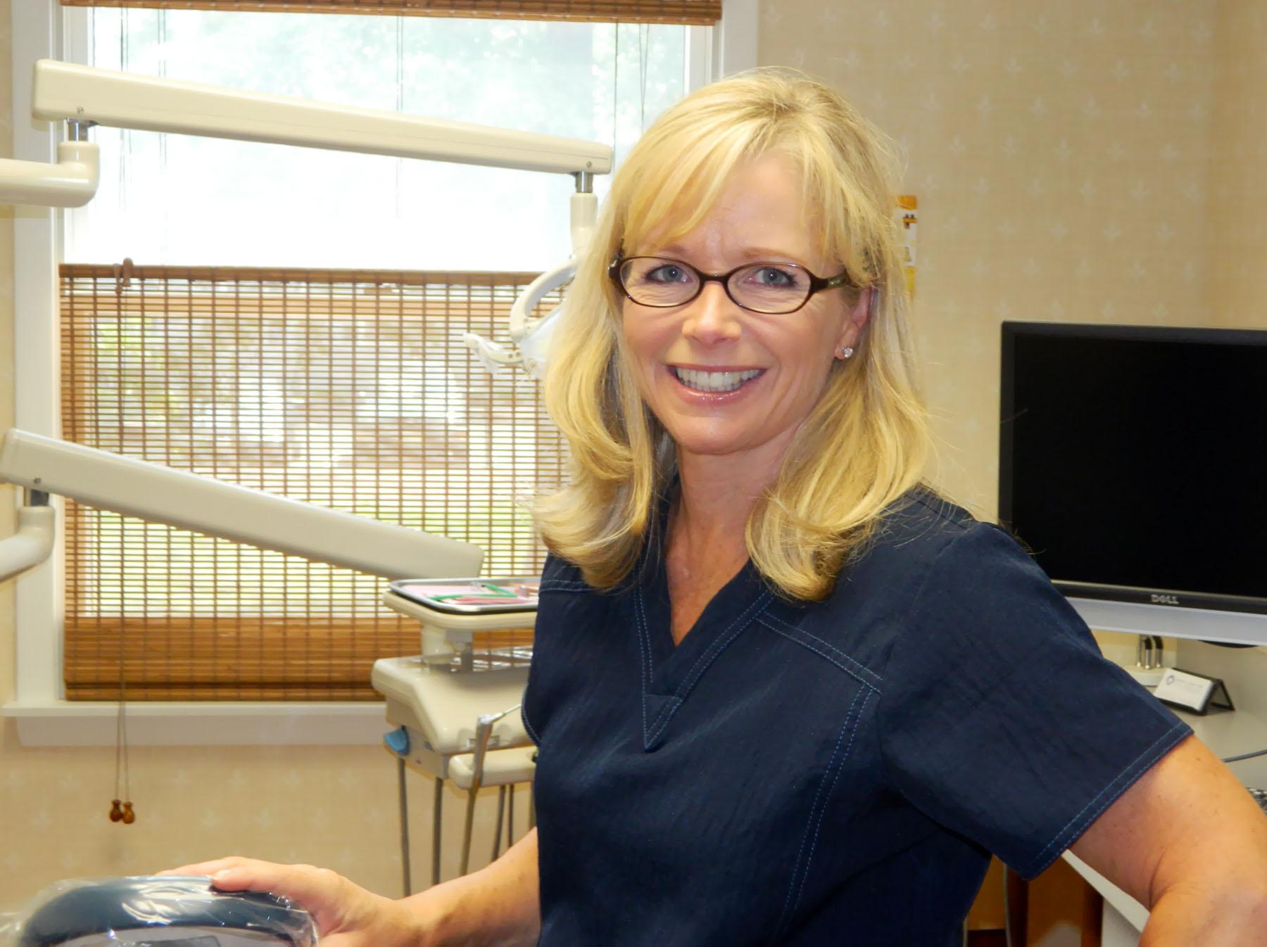 dr-baum-dentist-heidi-nau-hygienist